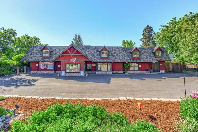 690 N Fifth Street, Jacksonville, OR 97530 (MLS #220122668) :: Bend Relo at Fred Real Estate Group