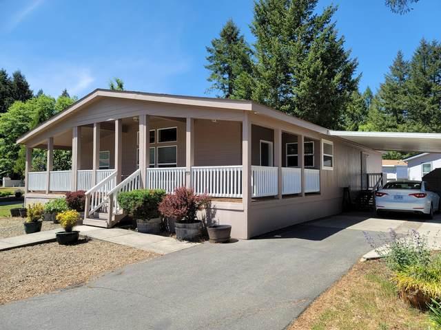 222 Ollis Road #95, Cave Junction, OR 97523 (MLS #220122696) :: Keller Williams Realty Central Oregon