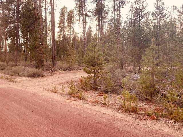 Lot 30 Kam Loop, Gilchrist, OR 97737 (MLS #220122701) :: Coldwell Banker Bain