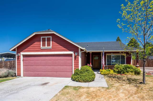 63054 Yampa Way, Bend, OR 97701 (MLS #220122721) :: Keller Williams Realty Central Oregon