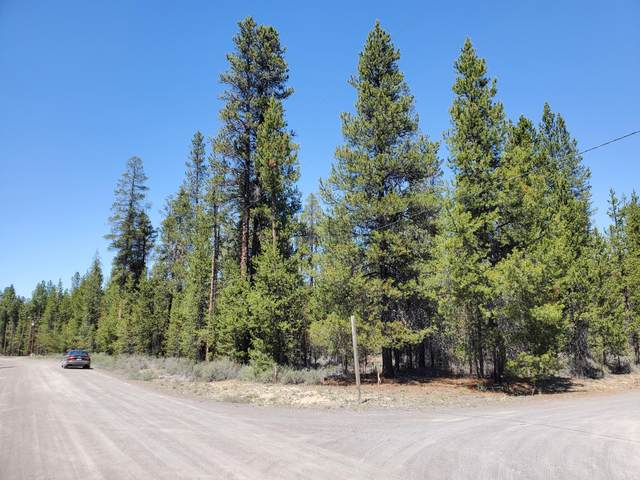 15450 Pinetree Drive, La Pine, OR 97739 (MLS #220122742) :: Fred Real Estate Group of Central Oregon