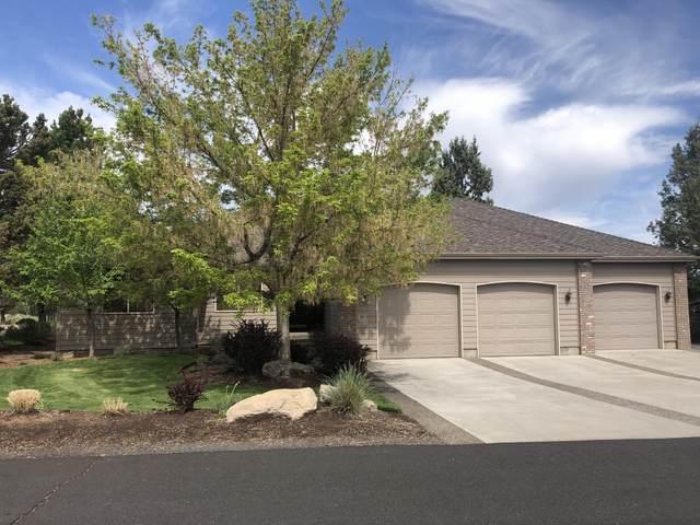 849 Willet Lane, Redmond, OR 97756 (MLS #220122765) :: Fred Real Estate Group of Central Oregon