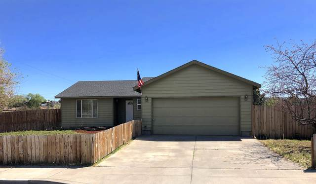 521 SE Romero Court, Madras, OR 97741 (MLS #220122801) :: The Ladd Group