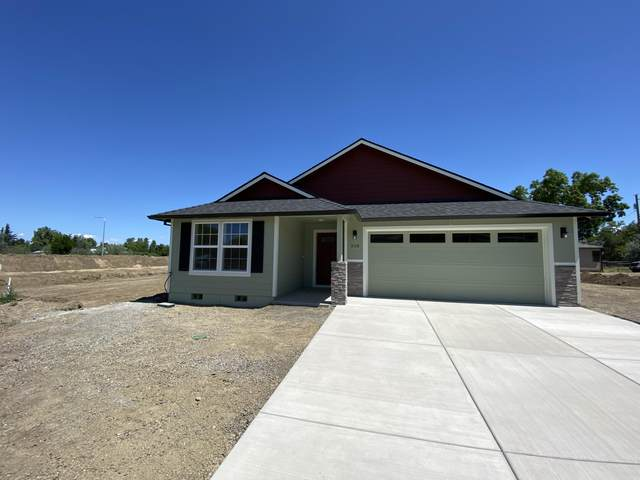 518 Nicholas Lee Drive, Medford, OR 97501 (MLS #220122827) :: Team Birtola | High Desert Realty