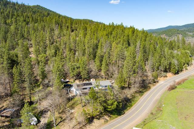 19649 E Evans Creek Road, White City, OR 97503 (MLS #220122838) :: Team Birtola | High Desert Realty