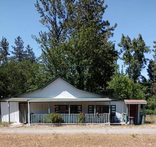 24437 Redwood Highway, Kerby, OR 97531 (MLS #220122897) :: Premiere Property Group, LLC