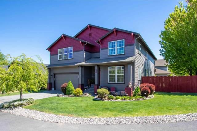 516 NE Apache Circle, Redmond, OR 97756 (MLS #220123036) :: Schaake Capital Group