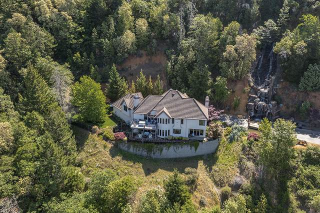 676 Trollview Road, Grants Pass, OR 97527 (MLS #220123052) :: Schaake Capital Group