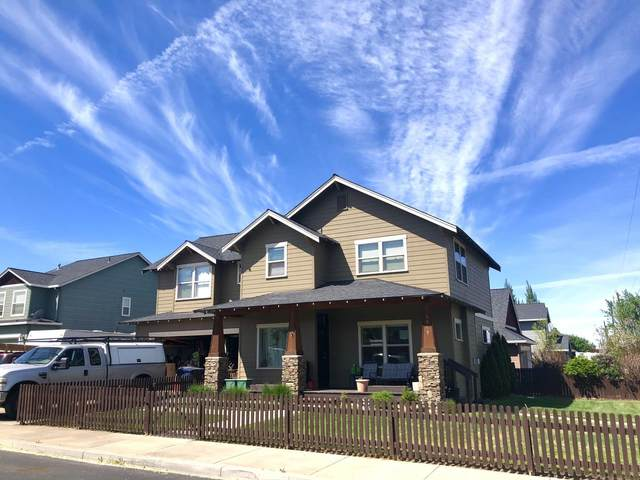 1365 NW 16th Court, Redmond, OR 97756 (MLS #220123078) :: Chris Scott, Central Oregon Valley Brokers