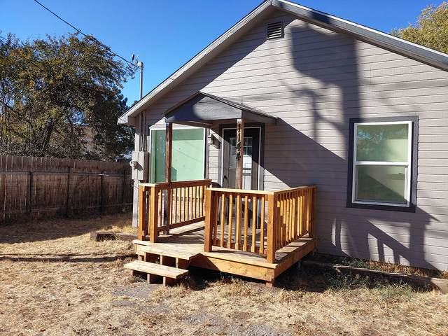 1144 Homedale Road, Klamath Falls, OR 97603 (MLS #220123249) :: Bend Homes Now
