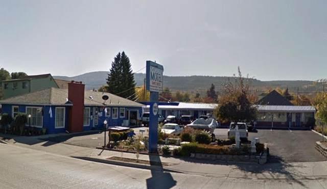 2116 Adams Avenue, La Grande, OR 97850 (MLS #220123440) :: The Ladd Group