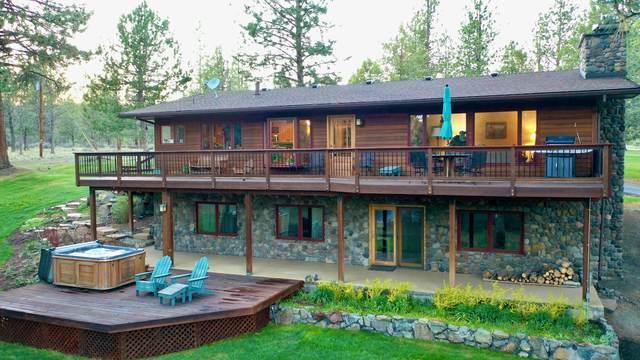 16430 Highway 126, Sisters, OR 97759 (MLS #220123468) :: Keller Williams Realty Central Oregon