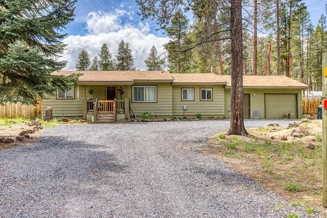 52805 Day Road, La Pine, OR 97739 (MLS #220123772) :: Chris Scott, Central Oregon Valley Brokers