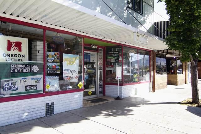 1023 Main Street, Klamath Falls, OR 97601 (MLS #220123786) :: Chris Scott, Central Oregon Valley Brokers