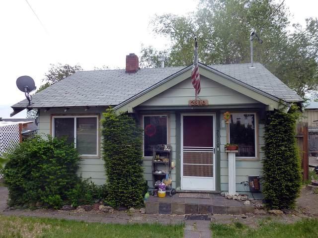 2310 Mains Street, Klamath Falls, OR 97601 (MLS #220123799) :: Schaake Capital Group