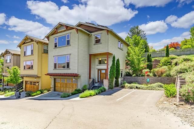 444 Park Ridge Place, Ashland, OR 97520 (MLS #220123902) :: Schaake Capital Group