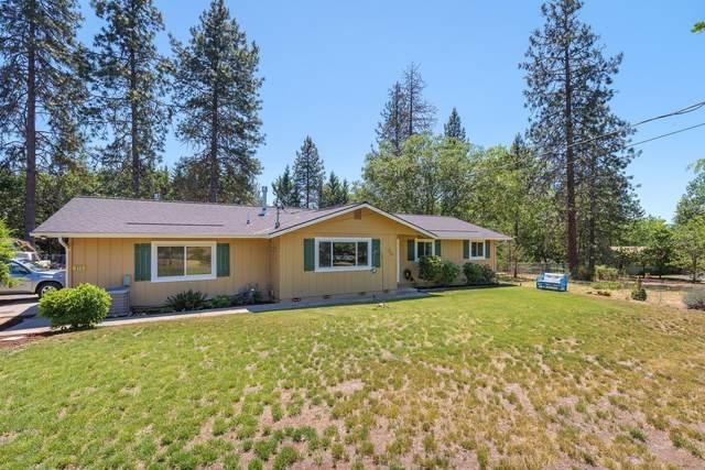 373 Lloyd Drive, Grants Pass, OR 97526 (MLS #220124132) :: Chris Scott, Central Oregon Valley Brokers