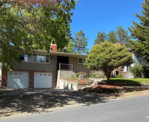 6715 Shasta Way, Klamath Falls, OR 97603 (MLS #220124138) :: Chris Scott, Central Oregon Valley Brokers