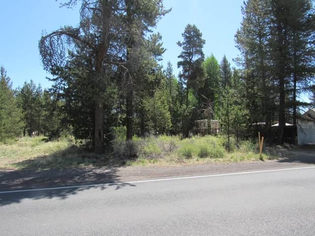 51696 Coach Road, La Pine, OR 97739 (MLS #220124255) :: Chris Scott, Central Oregon Valley Brokers