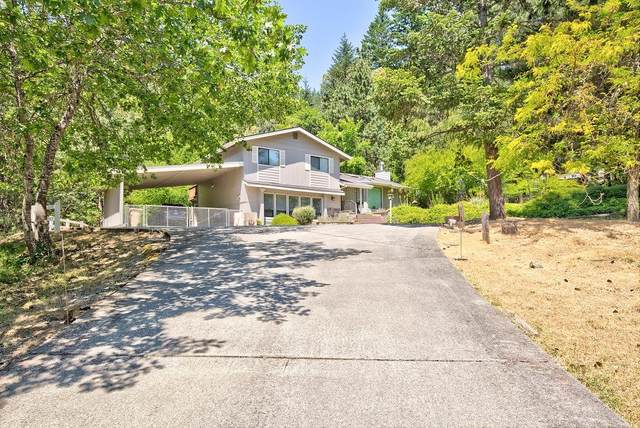 570 Rancho Vista Drive, Grants Pass, OR 97526 (MLS #220124354) :: Berkshire Hathaway HomeServices Northwest Real Estate