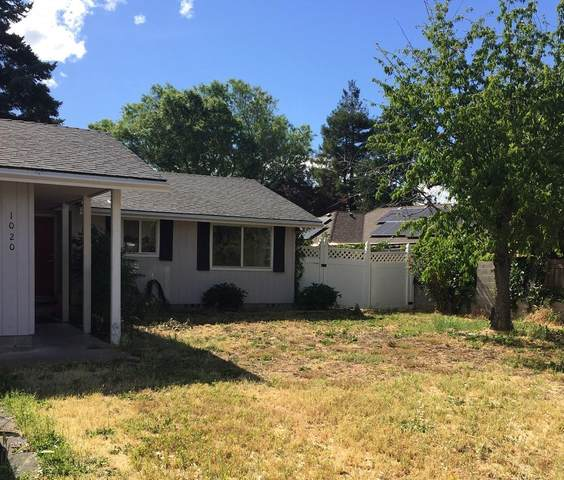 1020 Edwina Avenue, Central Point, OR 97502 (MLS #220124396) :: The Ladd Group
