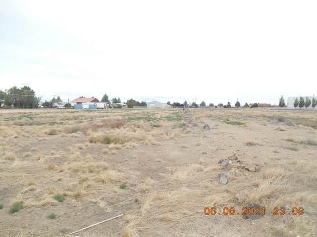 15 NW Paul Jasa Way Way, Madras, OR 97741 (MLS #220124429) :: Schaake Capital Group