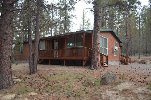 137134 Main Street, Crescent, OR 97733 (MLS #220124460) :: The Ladd Group