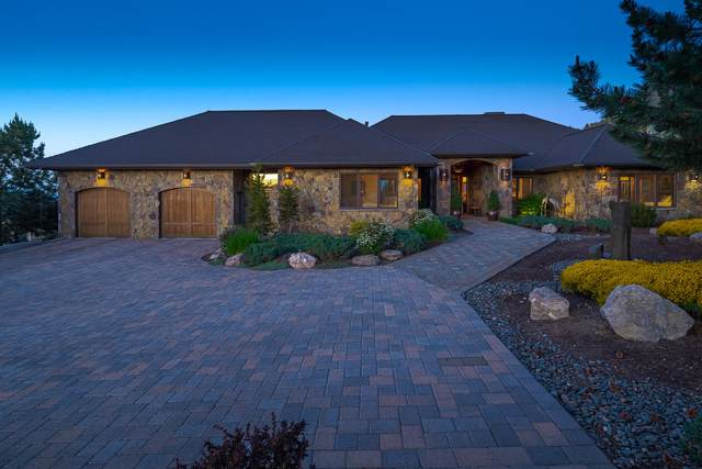 10622 Ironstone Court, Redmond, OR 97756 (MLS #220124499) :: Coldwell Banker Bain