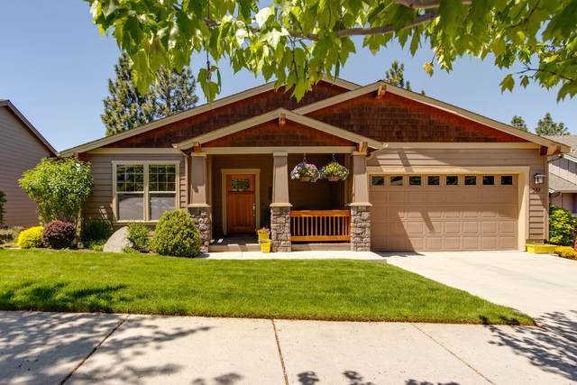 387 NW Flagline Drive, Bend, OR 97703 (MLS #220124535) :: Schaake Capital Group
