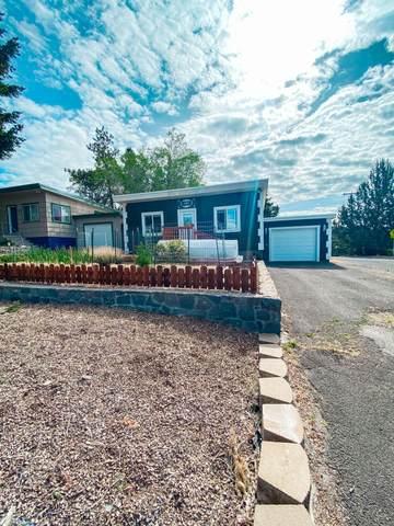 151 N Wendling Street, Klamath Falls, OR 97601 (MLS #220124682) :: Vianet Realty