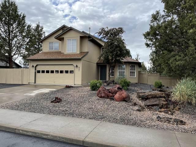 887 NE Locksley Drive, Bend, OR 97701 (MLS #220124685) :: Team Birtola   High Desert Realty