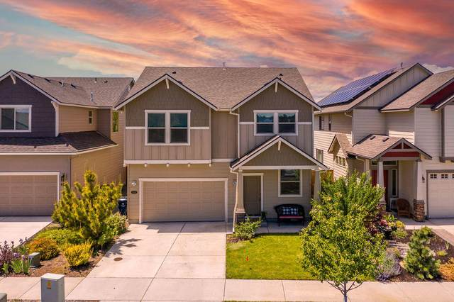 61931 Janalee Place, Bend, OR 97702 (MLS #220124731) :: Fred Real Estate Group of Central Oregon