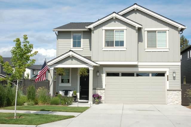63075 NE Dakota Drive, Bend, OR 97701 (MLS #220124743) :: Coldwell Banker Bain