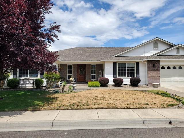 2629 Rabun Way, Central Point, OR 97502 (MLS #220124763) :: Bend Relo at Fred Real Estate Group