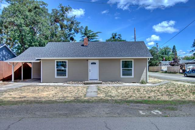 1128 W 11th Street, Medford, OR 97501 (MLS #220124779) :: Bend Homes Now