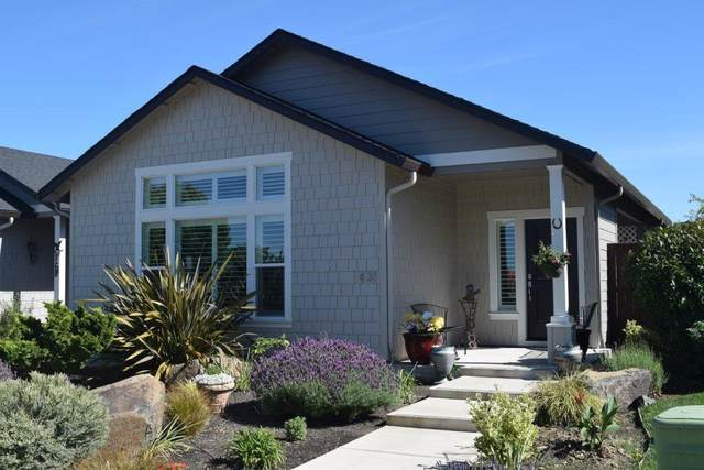 431 S Haskell Street, Central Point, OR 97502 (MLS #220124785) :: Berkshire Hathaway HomeServices Northwest Real Estate