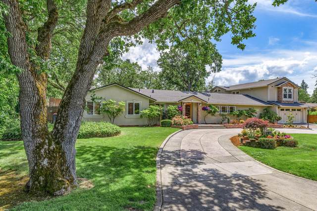 2116 Woodlawn Drive, Medford, OR 97504 (MLS #220124790) :: Bend Homes Now
