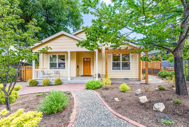 434 Morton Street, Ashland, OR 97520 (MLS #220124792) :: Berkshire Hathaway HomeServices Northwest Real Estate