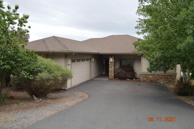 4726 Horned Lark Drive, Klamath Falls, OR 97601 (MLS #220124793) :: Schaake Capital Group