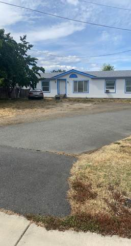2720 Redwood Avenue, Grants Pass, OR 97527 (MLS #220124808) :: Bend Homes Now