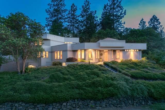 965 Pinecrest Terrace, Ashland, OR 97520 (MLS #220124822) :: Berkshire Hathaway HomeServices Northwest Real Estate