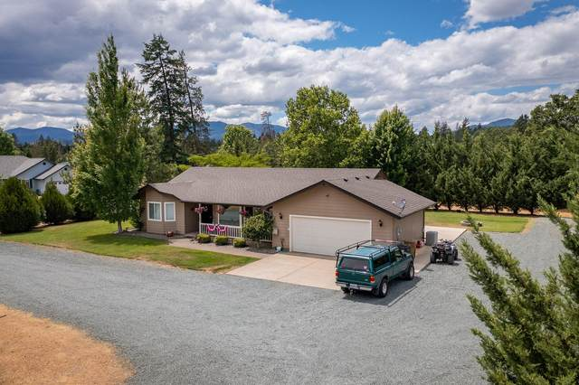 140 Green Acres Drive, Merlin, OR 97532 (MLS #220124826) :: Bend Homes Now