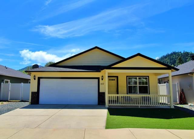 117 Sienna Way, Rogue River, OR 97537 (MLS #220124838) :: Berkshire Hathaway HomeServices Northwest Real Estate