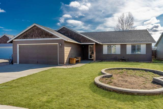 1926 NE 8th Street, Redmond, OR 97756 (MLS #220124850) :: Arends Realty Group