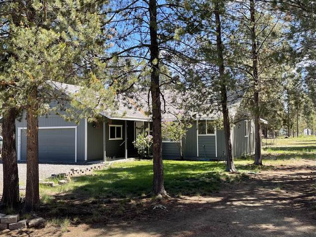 53156 Day Road, La Pine, OR 97739 (MLS #220124853) :: Berkshire Hathaway HomeServices Northwest Real Estate