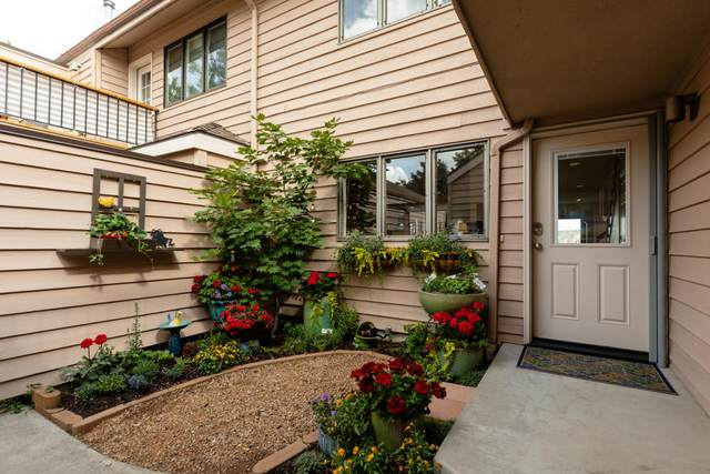 2922 Front Street, Klamath Falls, OR 97601 (MLS #220124974) :: Berkshire Hathaway HomeServices Northwest Real Estate