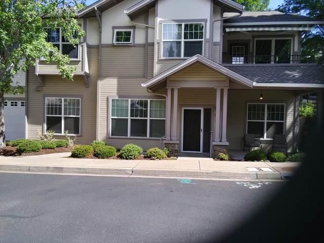 819 Boulder Creek Lane, Ashland, OR 97520 (MLS #220124988) :: Coldwell Banker Bain