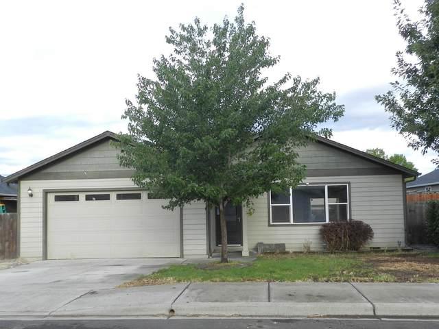 7567 Genes Court, White City, OR 97503 (MLS #220125004) :: Berkshire Hathaway HomeServices Northwest Real Estate