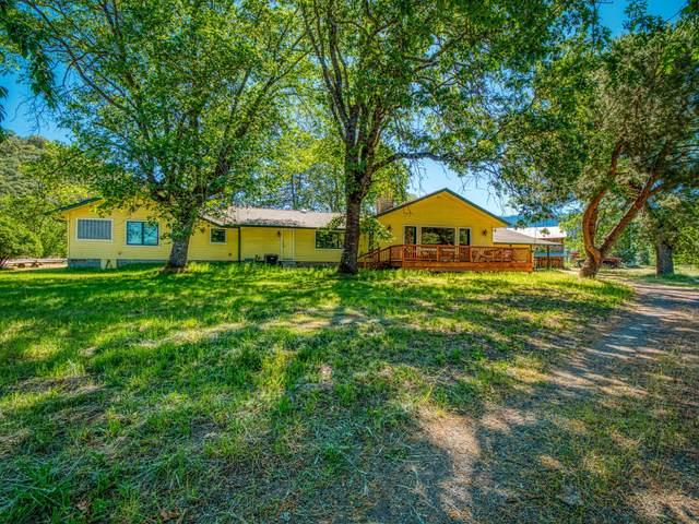 17777 N Applegate Road, Grants Pass, OR 97527 (MLS #220125012) :: Berkshire Hathaway HomeServices Northwest Real Estate