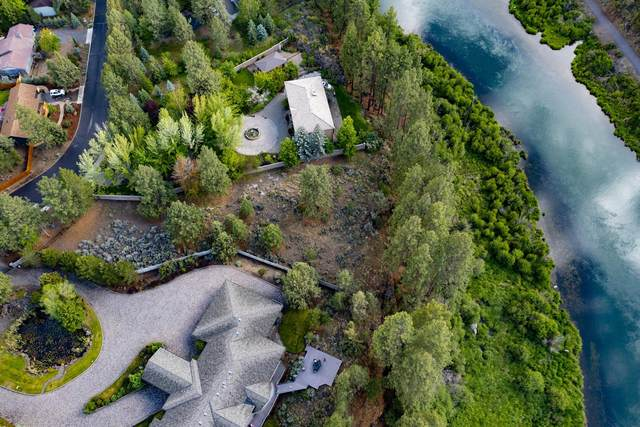 2201 NW Lakeside Place, Bend, OR 97703 (MLS #220125020) :: Vianet Realty